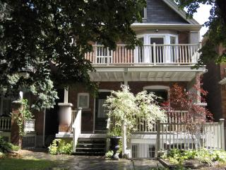 Beautiful large two storey 3 bdrm with huge balcony - Toronto vacation rentals
