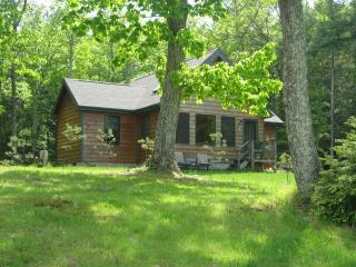 Woodstock gorgeous cottage & pool. on 10  acres - Woodstock vacation rentals