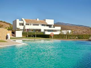 Luxurious garden apartment with amazing views close to Marbella - Benahavis vacation rentals