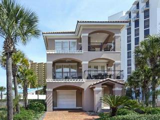 Summer Lovin' Luxury 4 bdrn/4.5 bth Community Pool - Destin vacation rentals