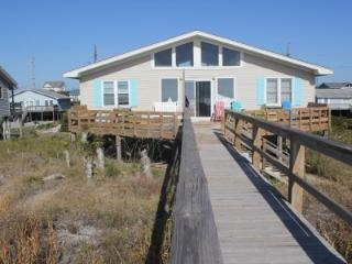 Bright 3 bedroom Emerald Isle House with Deck - Emerald Isle vacation rentals