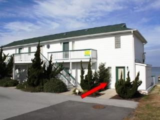 Comfortable Condo with Deck and Internet Access - Emerald Isle vacation rentals