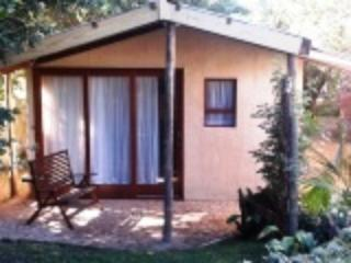 Plumbago Cottage Self Catering upmarket garden cottage - East London vacation rentals