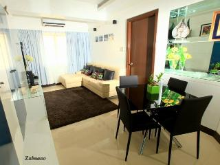 Fully furnished Serviced Apartment at Newport City - Patnongon vacation rentals