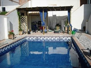 CASA AMARILLA, very cos family villa with pool - Pinos del Valle vacation rentals