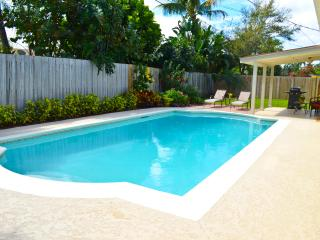 Tequesta pool home - prime location! - Tequesta vacation rentals