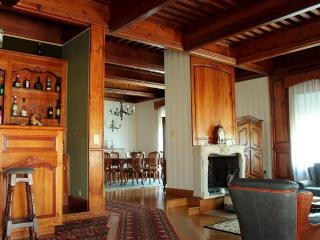 Nice House with Internet Access and Outdoor Dining Area - Bedarieux vacation rentals