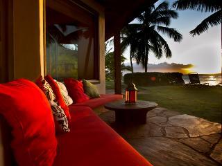 Oceanfront Hibiscus Suite - Paia vacation rentals