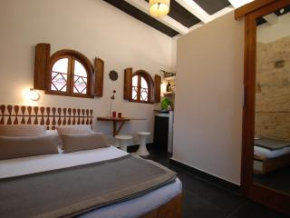 Cosy room Koala with private bath and Kitchenette - Tarifa vacation rentals
