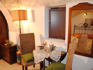 Charming 1 bedroom Bed and Breakfast in Alberobello - Alberobello vacation rentals