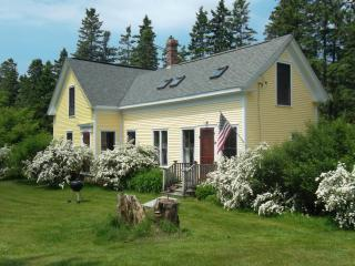Lovely Farmhouse on Oak Point in Harrington Maine - DownEast and Acadia Maine vacation rentals