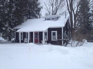 Quebec Townships Country Home - Quebec vacation rentals