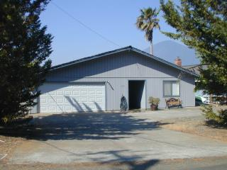 Lakefront home with private boat dock and lift - Clearlake vacation rentals