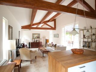 Cottage on beautiful secluded estate in Provence - Villecroze vacation rentals