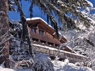 Chalet Rental: 5 Bedrooms, Sleeps 17 In Chamonix - Haute-Savoie vacation rentals