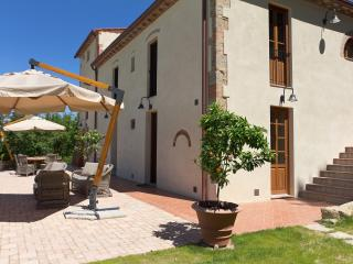 ILARIA - Siena vacation rentals