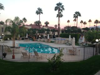 Perfect Palm Springs Retreat, Great Location, Wonderful Amenities - Palm Springs vacation rentals