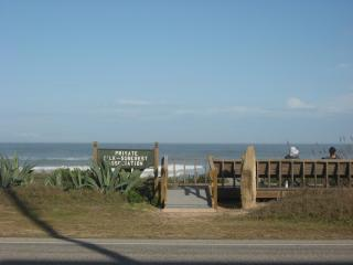 Fabulous Ormond Beach House! Steps from the sand. - Ormond Beach vacation rentals
