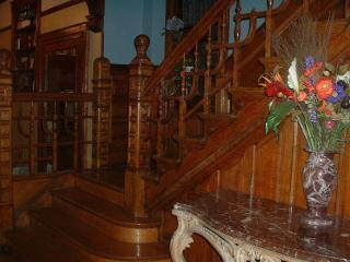 3rd Floor Family Suite -Mini Mansion- Near Downtown - Chicago vacation rentals
