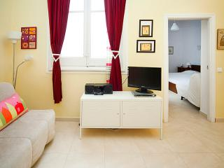 Madrid Super central Apart Budget up to 5p GV4 - Madrid vacation rentals