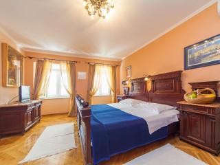 Essential Old Town Studio  S3 - Dubrovnik vacation rentals