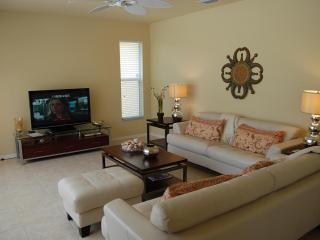 Beautiful 2 Story House Mona Lisa with Pool & Spa - Cape Coral vacation rentals