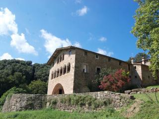 Cottage 2-18 people. Pyrenees-Costa Brava-Garrotxa - La Vall de Bianya vacation rentals