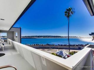 Nice Condo with Internet Access and Dishwasher - San Diego vacation rentals