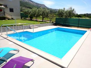 Book our New and Modern Apartment with a pool in Istria - Tar-Vabriga vacation rentals