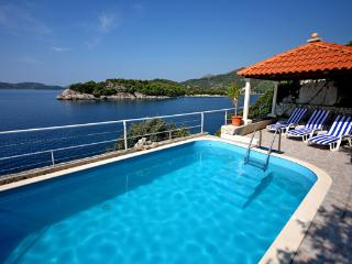 Summer house with pool for relaxing retreat - Dubrovnik vacation rentals