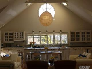 North Fork Loft - Perfect for Wine & Food Weekends - East Marion vacation rentals