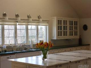 North Fork Loft - Perfect for Wine & Food Weekends - Mattituck vacation rentals