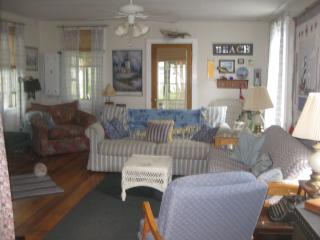 Perfect 4 bedroom Cottage in Verona Beach - Verona Beach vacation rentals