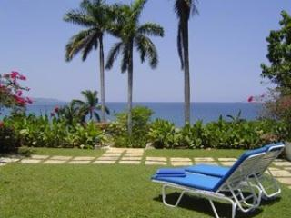 2 Bedroom Villa with Private Garden & Terrace in Round Hill - Hope Well vacation rentals