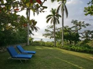 Stylish 2 Bedroom Villa with View in Round Hill - Image 1 - Hope Well - rentals