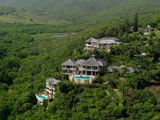 6 Bedroom Villa with Veranda overlooking the Pool in Montego Bay - Montego Bay vacation rentals