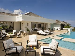 Ideal for Couples & Families, Heated Pool, Chef & Butler, Spacious, Resort Amenities - Montego Bay vacation rentals
