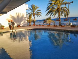 9th floor, superb views, ocean-front., pool, 4-6p - Costa Dorada vacation rentals