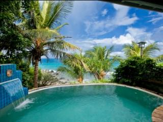 1 Bedroom Beachfront Villa on Nail Bay - Nail Bay vacation rentals