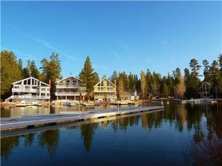 Exclusive Gated Lakefront Resort! Heated indoor Pool, Spa, Sauna and Tennis! - Big Bear Lake vacation rentals