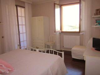 Nice 1 bedroom Bed and Breakfast in Civitanova Marche - Civitanova Marche vacation rentals