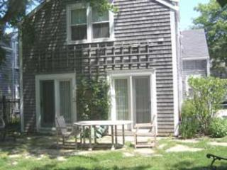 Bright 4 bedroom House in Nantucket with Internet Access - Nantucket vacation rentals