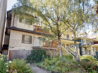 West End, 4 blocks to English Bay & Stanley Park - Vancouver vacation rentals