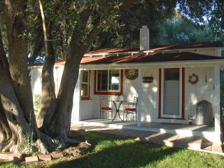Vintage Farmhouse Cottage - Cayucos vacation rentals