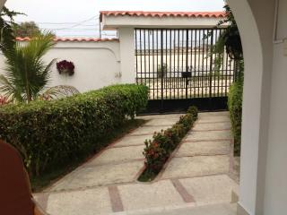 Perfect 3 bedroom Villa in Salinas - Salinas vacation rentals