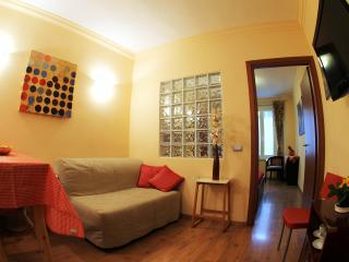 Cozy-milan-apartment-centre-with-free-wifi-navigli - Milan vacation rentals