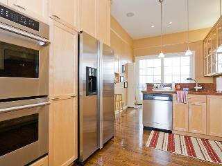 Luxury Pac Heights Victorian-A+ Location W/Garage - San Francisco vacation rentals