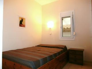 LEVANTES Apt., 100m from the beach - Heraklion vacation rentals