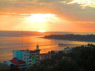 Casita Escondida -  La Libertad, El salvador - Puerto de la Libertad vacation rentals