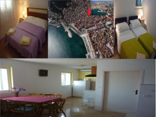 Apartment Dotur in the city center - Central Dalmatia vacation rentals